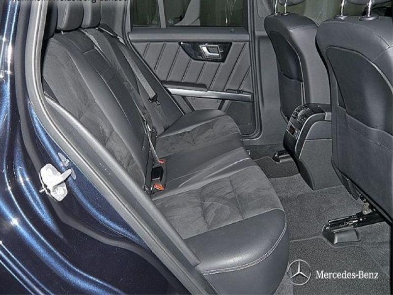 Mercedes Classe GLK 350 350 CDI 4 Matic AMG Bleu occasion à Beaupuy - photo n°4