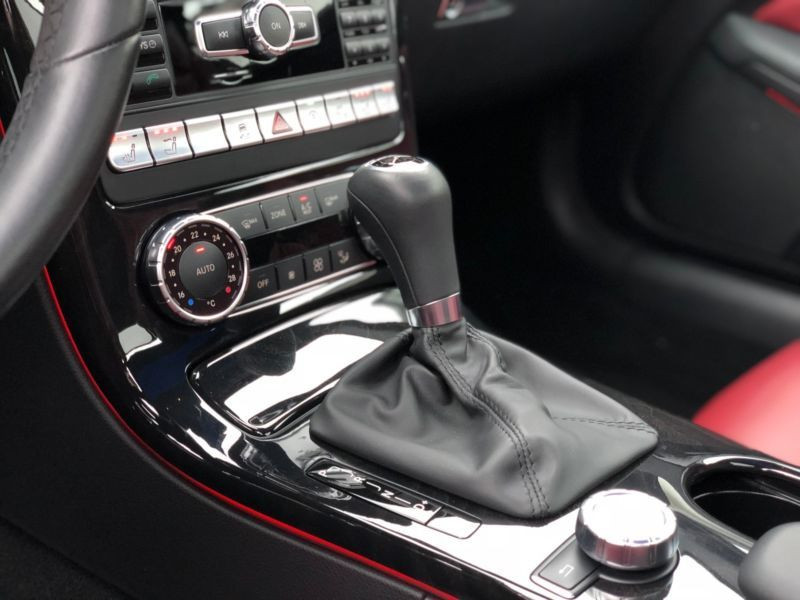 Mercedes Classe SLK 200 200 AMG Gris occasion à Beaupuy - photo n°8
