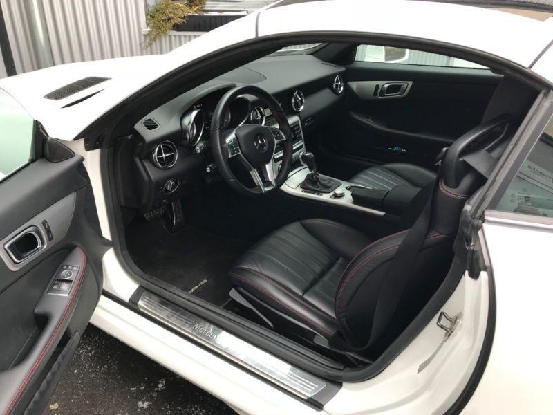 Mercedes Classe SLK 250 250 CDI AMG Blanc occasion à Beaupuy - photo n°2