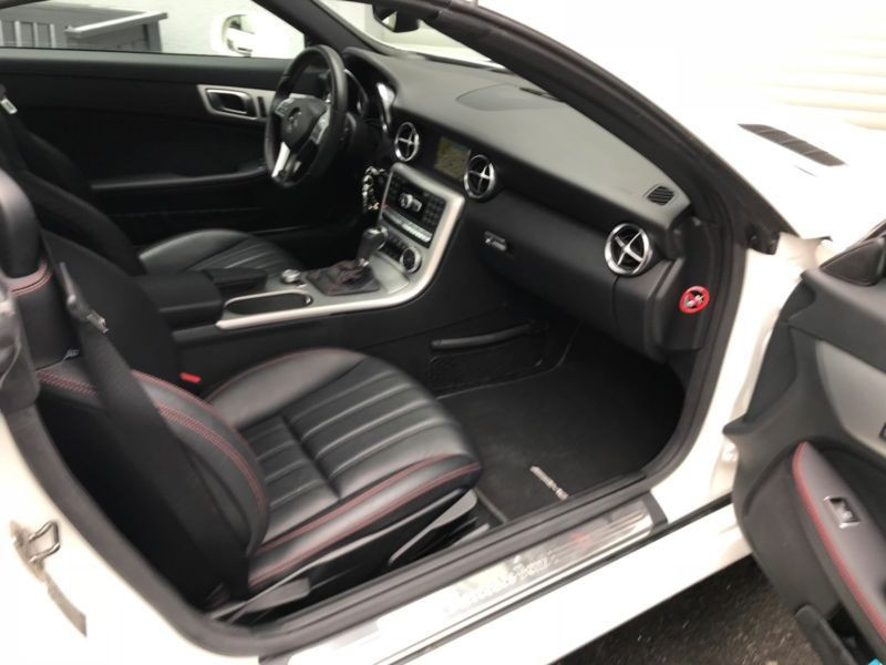 Mercedes Classe SLK 250 250 CDI AMG Blanc occasion à Beaupuy - photo n°4