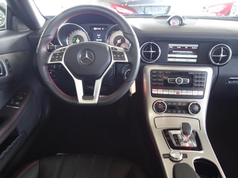Mercedes Classe SLK 250 250 CDI AMG Noir occasion à Beaupuy - photo n°2