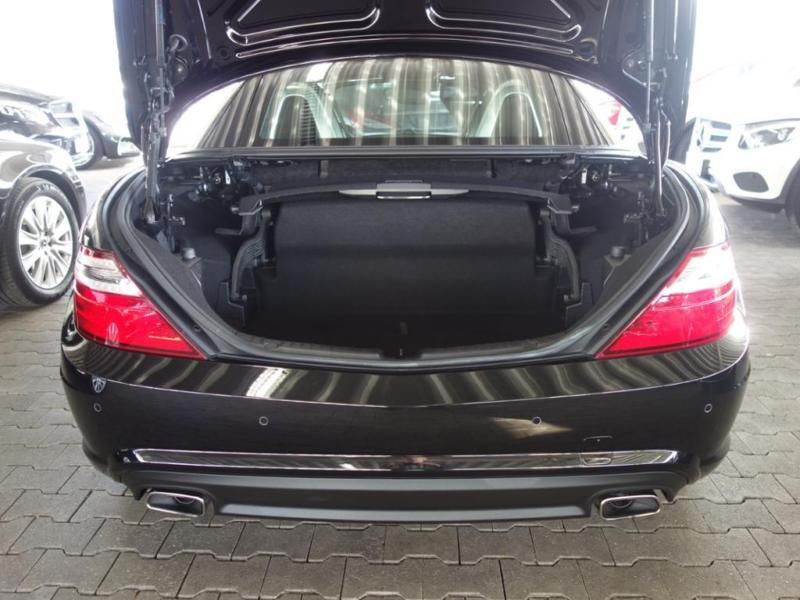 Mercedes Classe SLK 250 250 CDI AMG Noir occasion à Beaupuy - photo n°7