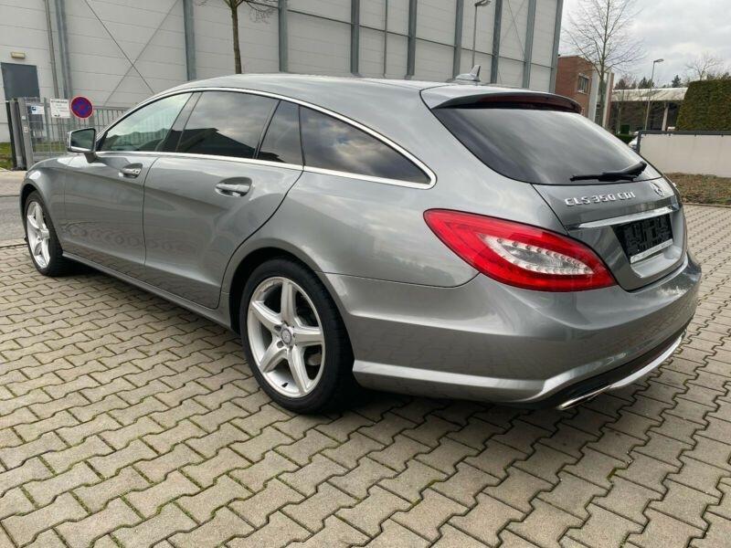 Mercedes CLS (X218) 350 CDI 4 M AMG TOIT PANO Gris occasion à Villenave-d'Ornon - photo n°2