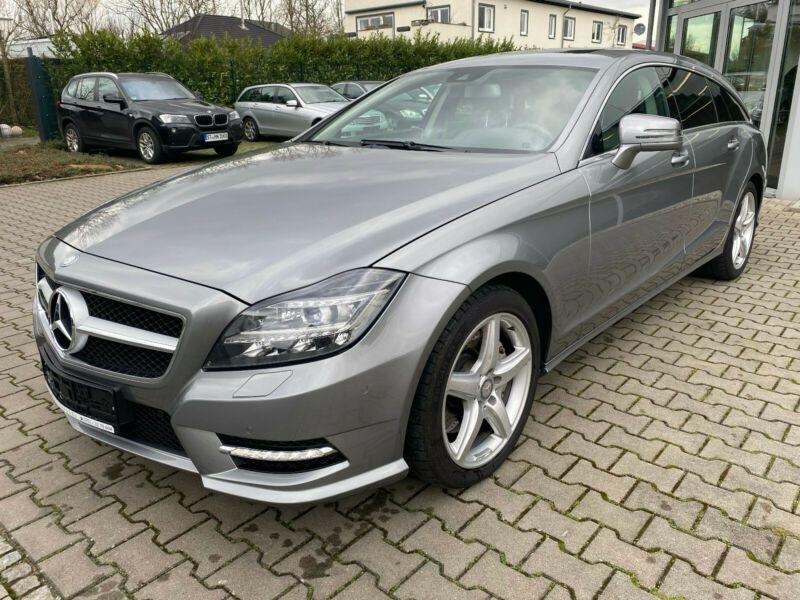 Mercedes CLS (X218) 350 CDI 4 M AMG TOIT PANO Gris occasion à Villenave-d'Ornon