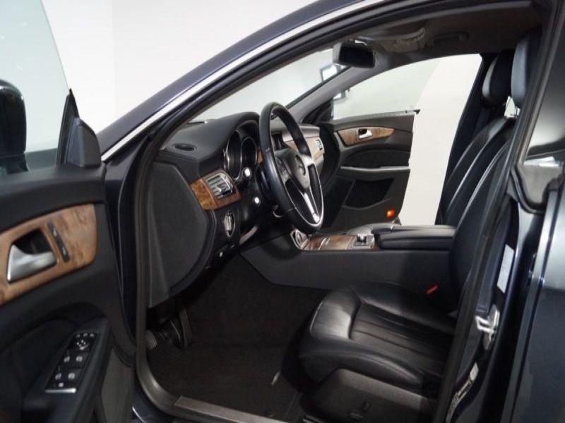 Mercedes CLS 250 CDI Gris occasion à Beaupuy - photo n°5