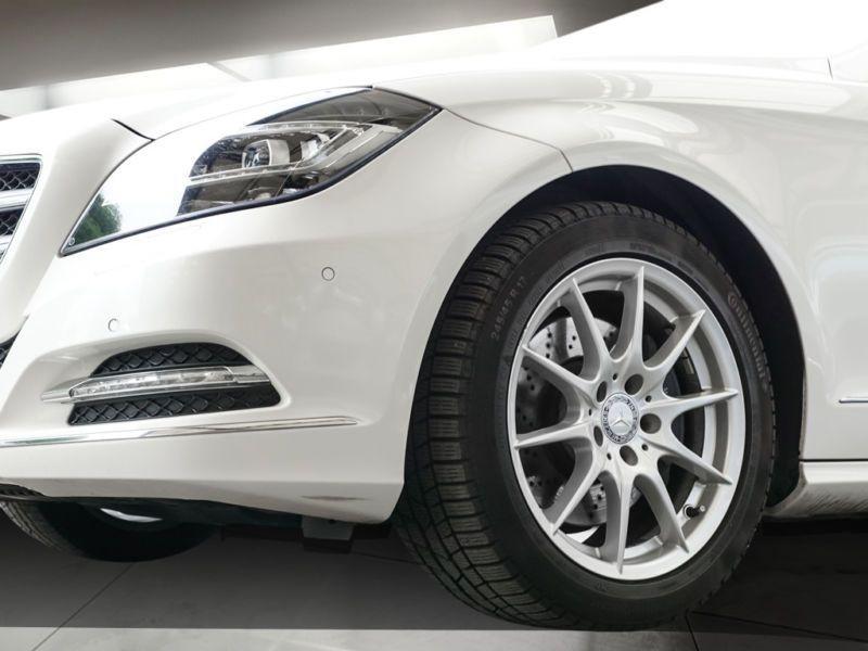 Mercedes CLS 350 CDI Shooting Brake Blanc occasion à Beaupuy - photo n°5
