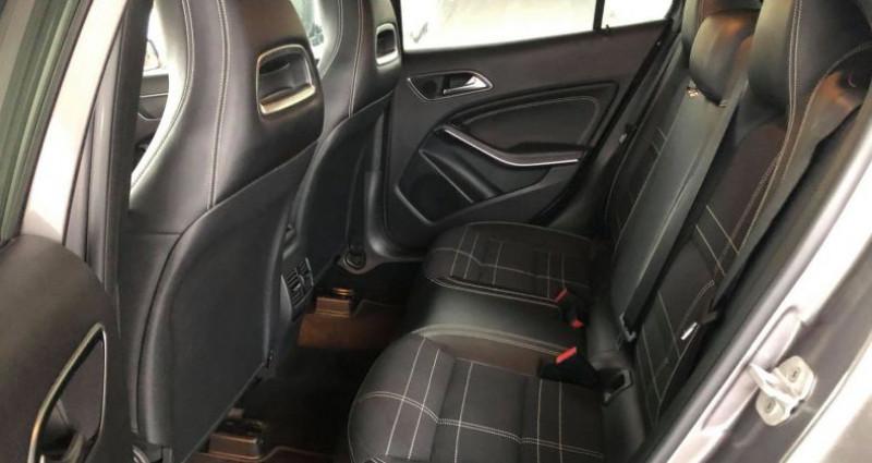 Mercedes GLA (X156) 220 CDI BUSINESS EXECUTIVE 7G-DCT Gris occasion à Villeneuve Loubet - photo n°6