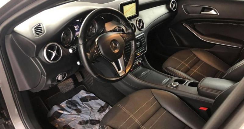 Mercedes GLA (X156) 220 CDI BUSINESS EXECUTIVE 7G-DCT Gris occasion à Villeneuve Loubet - photo n°5