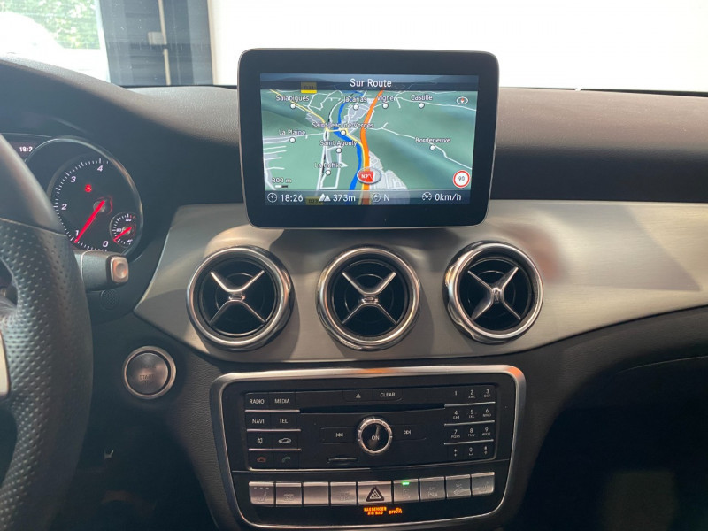 Mercedes GLA (X156) 220 D 170CH FASCINATION 4MATIC 7G-DCT EURO6C Noir occasion à Foix - photo n°11