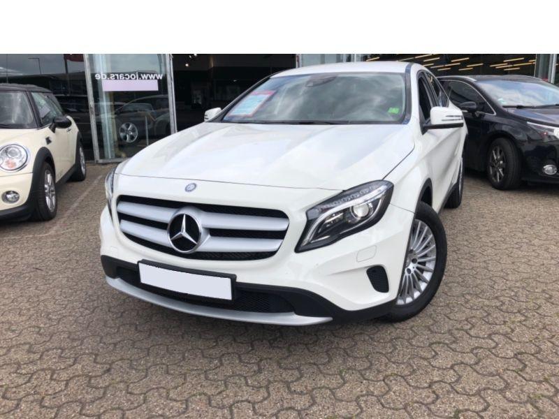 Mercedes GLA 180 CDI Blanc occasion à Beaupuy - photo n°1