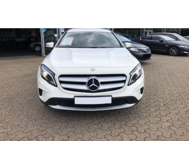 Mercedes GLA 180 CDI Blanc occasion à Beaupuy - photo n°6