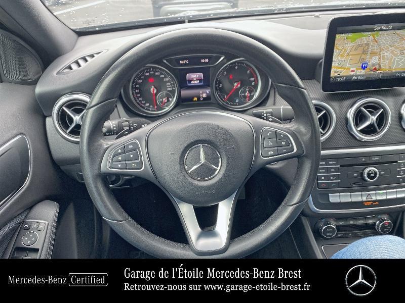 Mercedes GLA 180 d Business Edition 7G-DCT Noir occasion à BREST - photo n°7