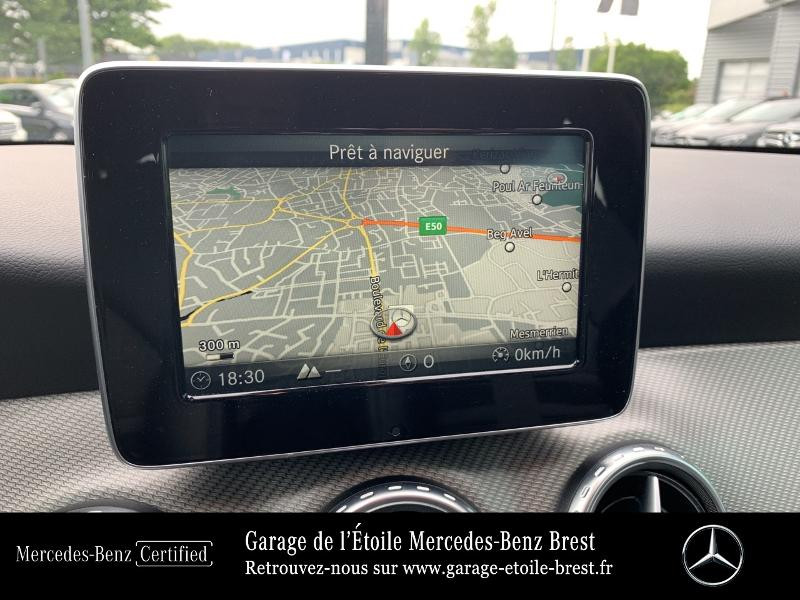 Mercedes GLA 180 d Inspiration 7G-DCT Gris occasion à BREST - photo n°8
