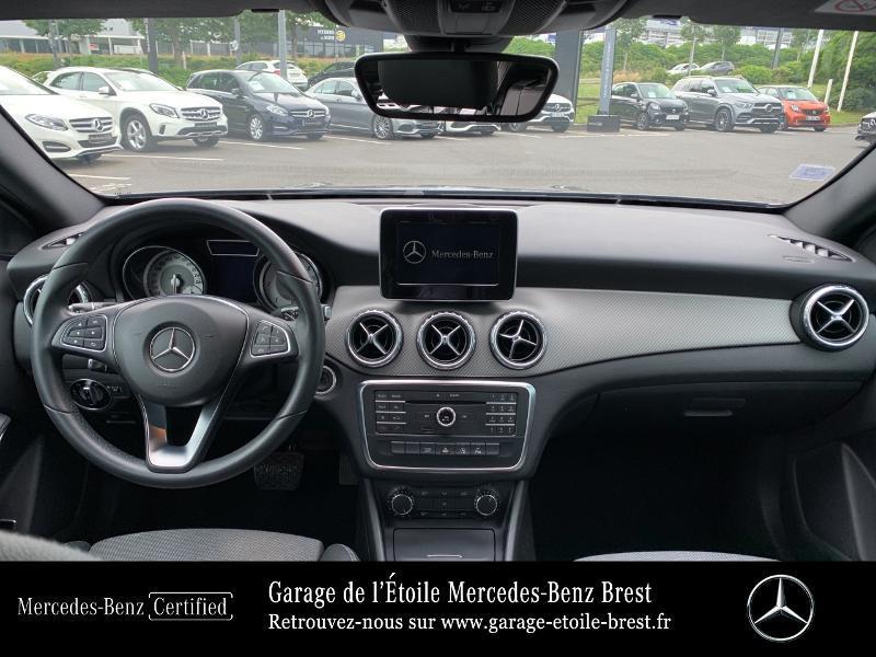 Mercedes GLA 180 d Inspiration 7G-DCT Gris occasion à BREST - photo n°6