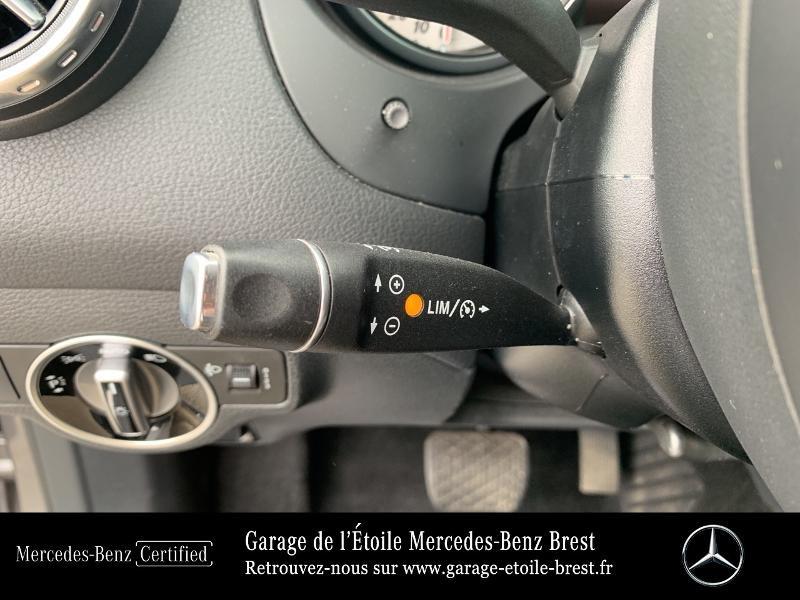 Mercedes GLA 180 d Inspiration 7G-DCT Gris occasion à BREST - photo n°19