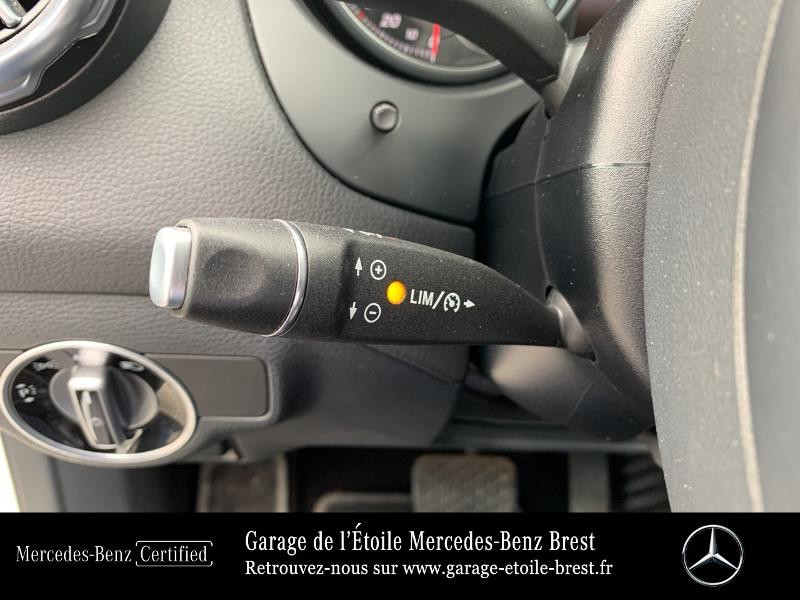 Mercedes GLA 180 d Inspiration 7G-DCT Blanc occasion à BREST - photo n°19