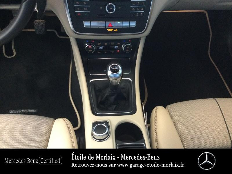 Mercedes GLA 180 d Inspiration Noir occasion à Saint Martin des Champs - photo n°10