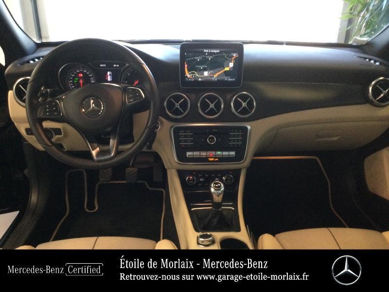 Mercedes GLA 180 d Inspiration Noir occasion à Saint Martin des Champs - photo n°6