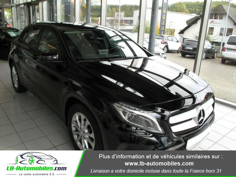 Mercedes GLA 180 d Noir occasion à Beaupuy - photo n°6