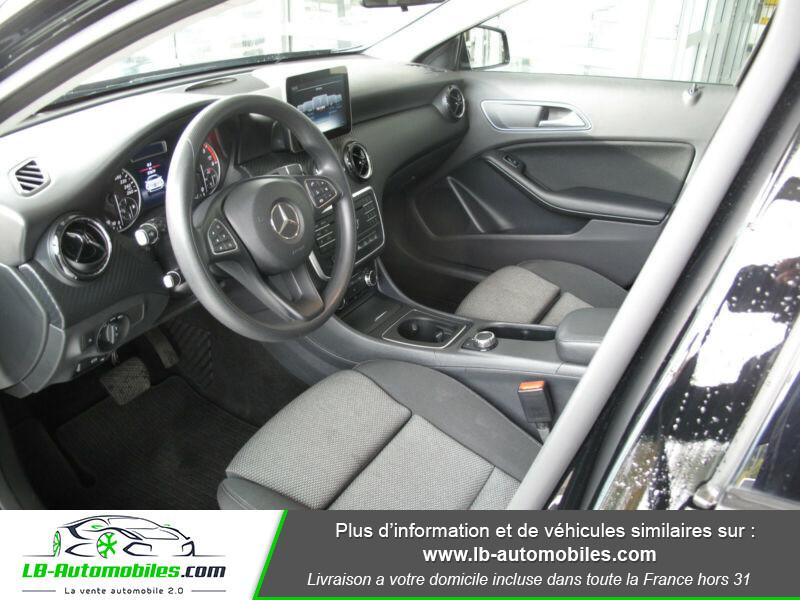 Mercedes GLA 180 d Noir occasion à Beaupuy - photo n°3