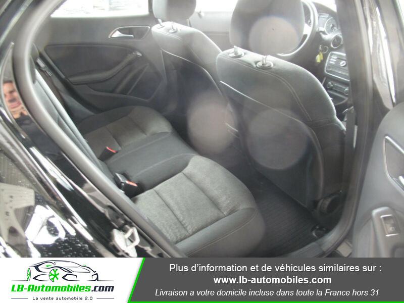 Mercedes GLA 180 d Noir occasion à Beaupuy - photo n°5