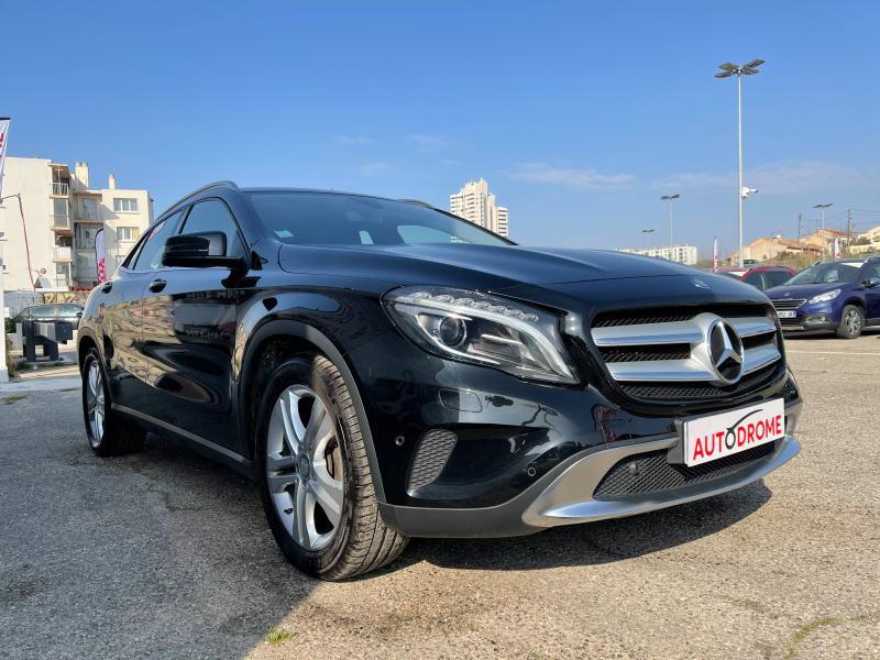 Mercedes GLA 180 Sensation - 38 000 Kms Noir occasion à Marseille 10 - photo n°3