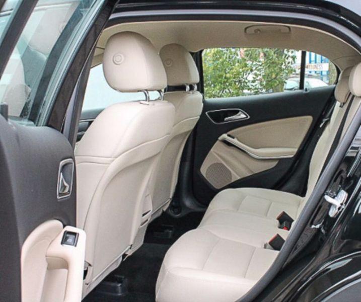 Mercedes GLA 180 Noir occasion à Beaupuy - photo n°6