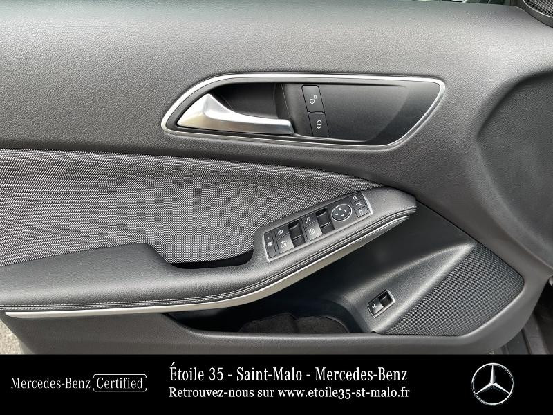 Mercedes GLA 200 CDI Inspiration 7G-DCT Gris occasion à SAINT-MALO - photo n°10