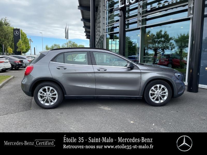 Mercedes GLA 200 CDI Inspiration 7G-DCT Gris occasion à SAINT-MALO - photo n°4