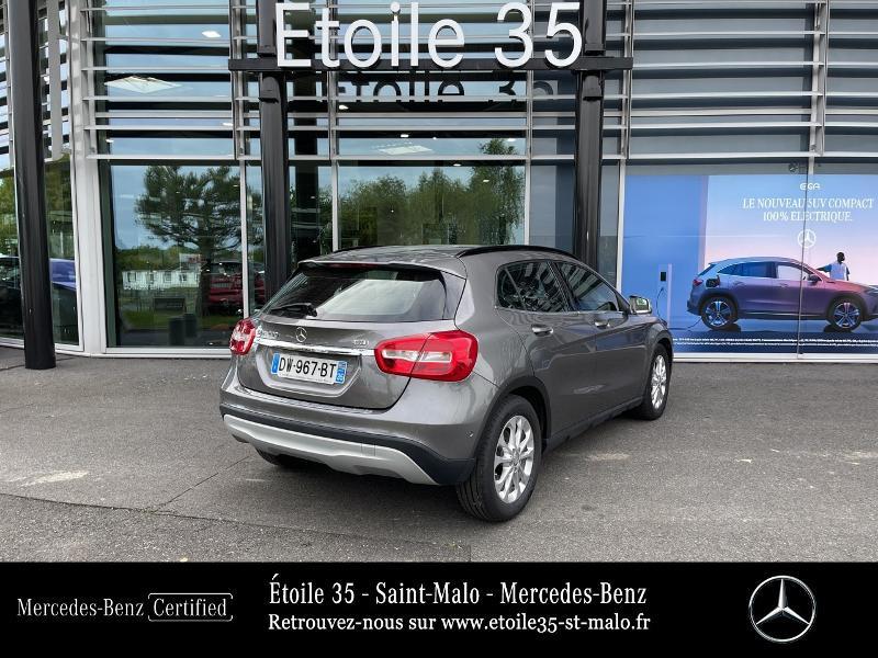 Mercedes GLA 200 CDI Inspiration 7G-DCT Gris occasion à SAINT-MALO - photo n°3