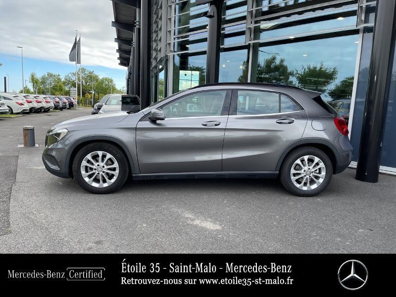 Mercedes GLA 200 CDI Inspiration 7G-DCT Gris occasion à SAINT-MALO - photo n°2