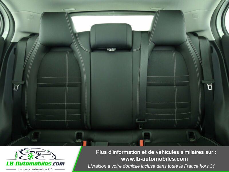 Mercedes GLA 200 d 4MATIC Blanc occasion à Beaupuy - photo n°5