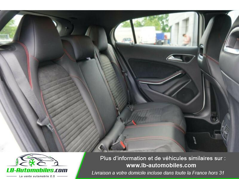 Mercedes GLA 200 d 4MATIC Blanc occasion à Beaupuy - photo n°9