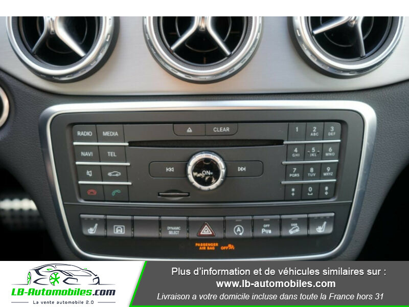 Mercedes GLA 200 d 4MATIC Blanc occasion à Beaupuy - photo n°15
