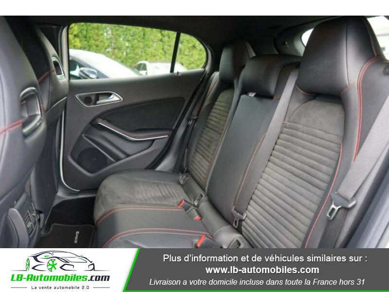 Mercedes GLA 200 d 4MATIC Blanc occasion à Beaupuy - photo n°7