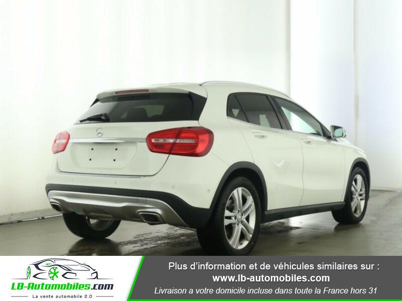 Mercedes GLA 200 d 4MATIC Blanc occasion à Beaupuy - photo n°3