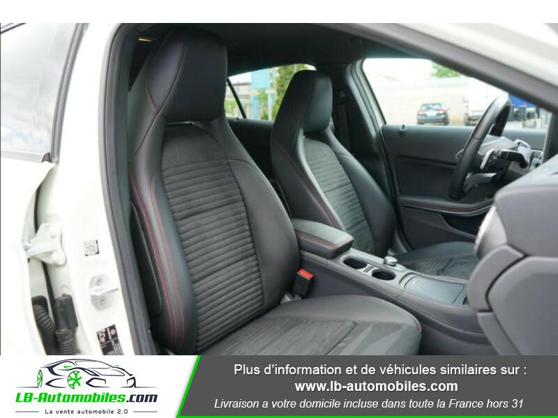 Mercedes GLA 200 d 4MATIC Blanc occasion à Beaupuy - photo n°13