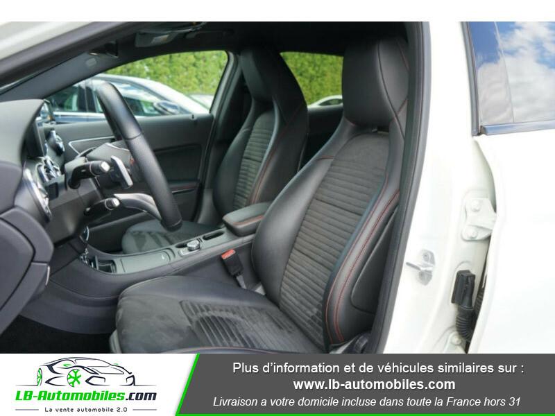 Mercedes GLA 200 d 4MATIC Blanc occasion à Beaupuy - photo n°6