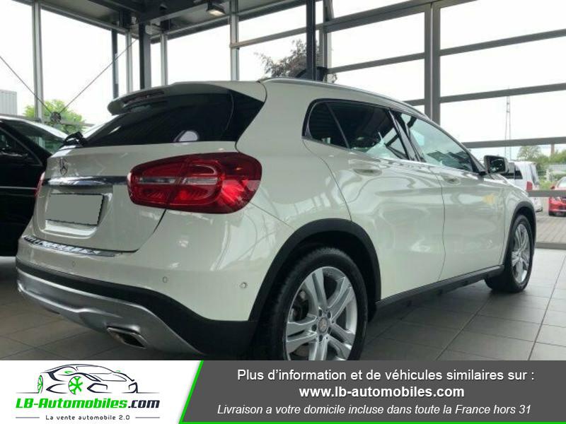 Mercedes GLA 200 d Blanc occasion à Beaupuy - photo n°3