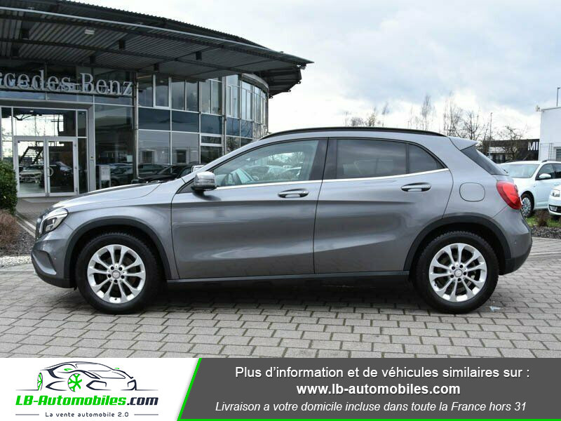 Mercedes GLA 200 d Gris occasion à Beaupuy - photo n°11