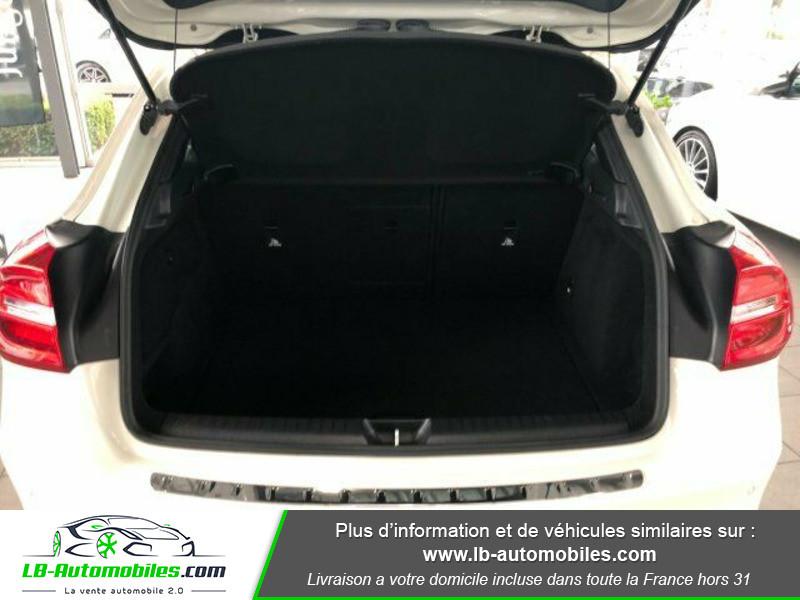 Mercedes GLA 200 d Blanc occasion à Beaupuy - photo n°8