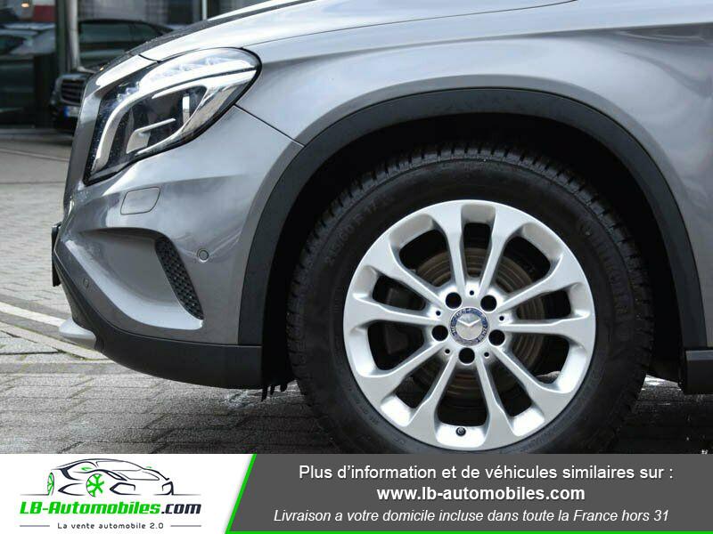 Mercedes GLA 200 d Gris occasion à Beaupuy - photo n°12