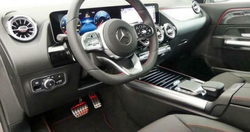 Mercedes GLA 200 EDITION 1 AMG Gris occasion à Montévrain - photo n°6