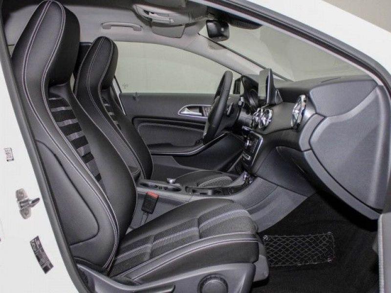 Mercedes GLA 200 Blanc occasion à Beaupuy - photo n°4