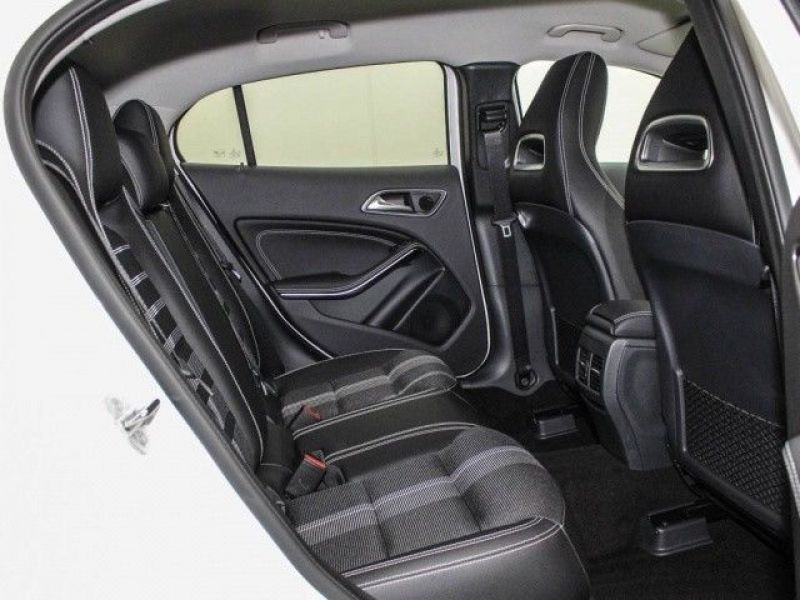 Mercedes GLA 200 Blanc occasion à Beaupuy - photo n°6