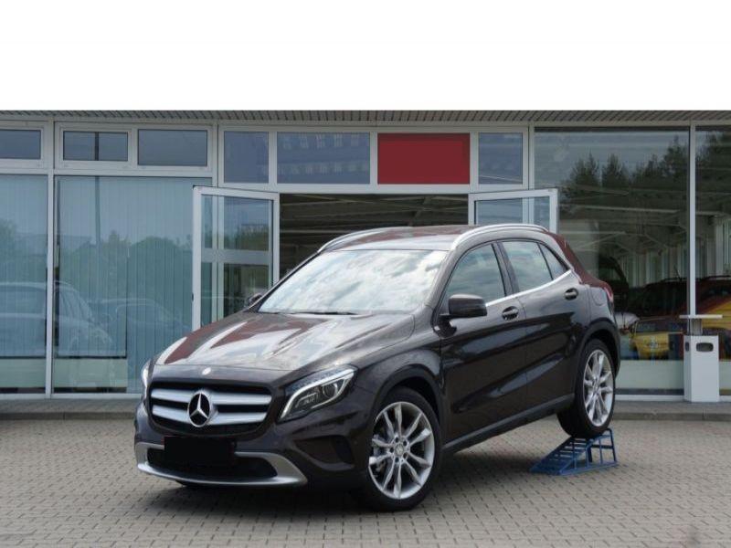 Mercedes GLA 220 CDI Marron occasion à Beaupuy