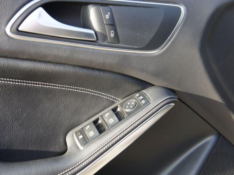 Mercedes GLA 220 CDI Marron occasion à Beaupuy - photo n°8