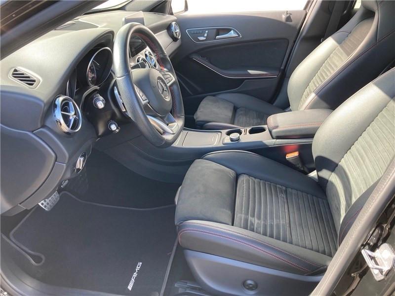 Mercedes GLA 220 D 7-G DCT Fascination Noir occasion à MERIGNAC - photo n°20
