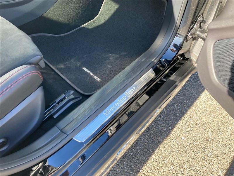 Mercedes GLA 220 D 7-G DCT Fascination Noir occasion à MERIGNAC - photo n°8