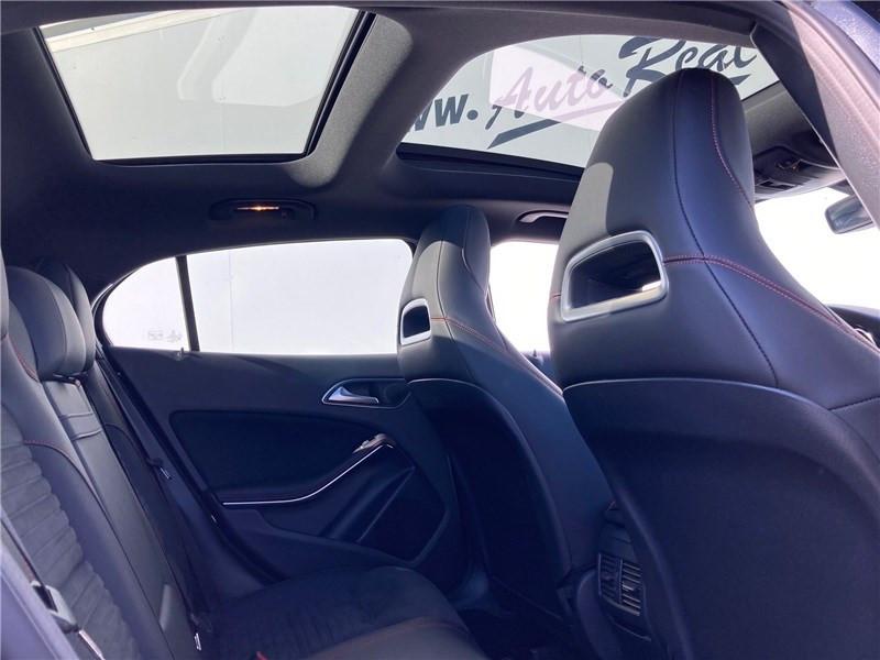 Mercedes GLA 220 D 7-G DCT Fascination Noir occasion à MERIGNAC - photo n°11